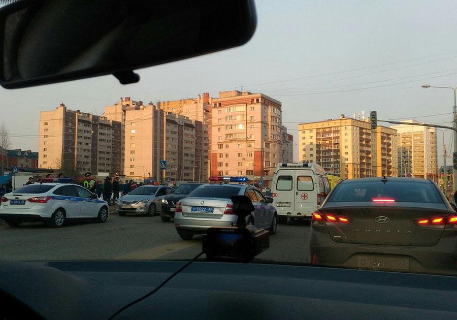 ВоВладимире нетрезвый  шофёр  сбил 2-х  женщин