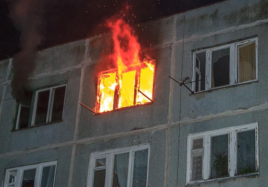 ВКоврове чудовищный пожар вобщежитии привел к погибели двоих человек