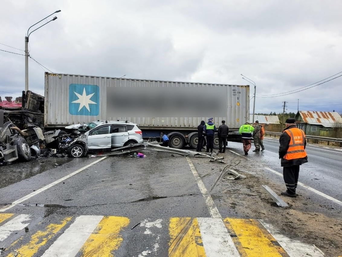 Во Владимирской произошла тройная авария