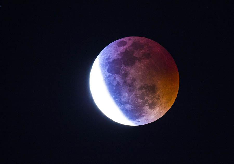 Жители Коми увидят самое продолжительное за 100 лет лунное затмение