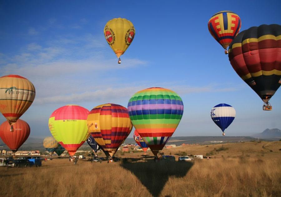 Картинки с воздухоплавательными шарами показаться