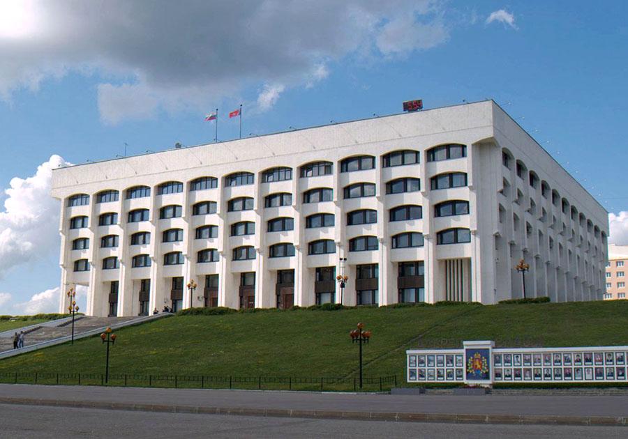 Народные избранники сократят заработную плату владимирского губернатора ради экономии 5 млн руб.