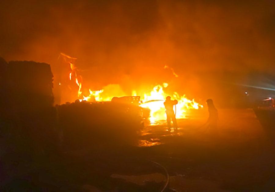 ВоВладимире произошел пожар наскладе макулатуры