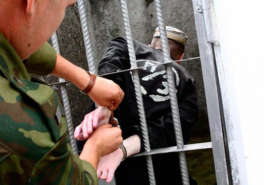 Заключенный покусал вертухая воВладимирском централе