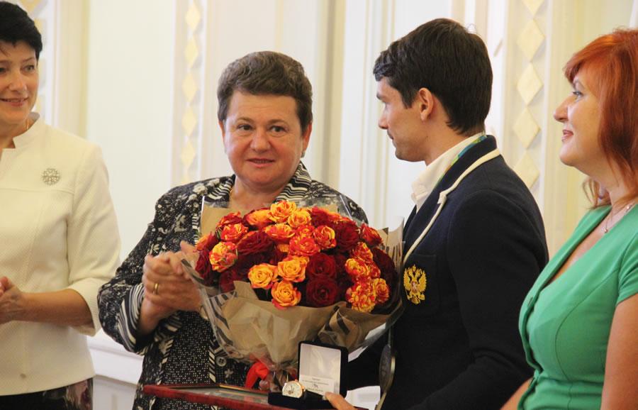 Олимпийцу Куксенкову подарили трехкомнатную квартиру воВладимире ипозвали в народные избранники